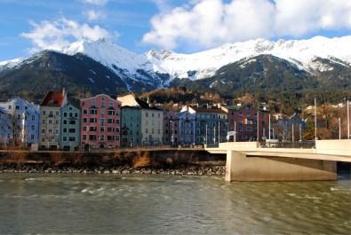 Fluss Inn und Nordkette in Innsbruck