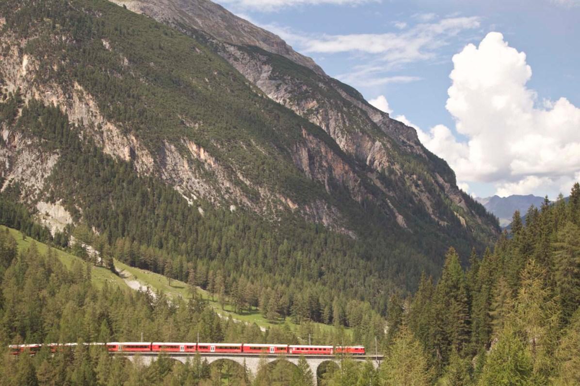 Rhaetische Bahn im Albulatal