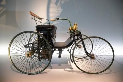 Mercedes Benz Museum Stuttgart 8