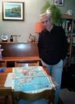 André brugiroux chez lui près de sa carte