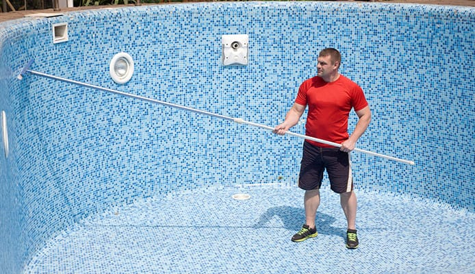 how to clean tile at the swimming pool