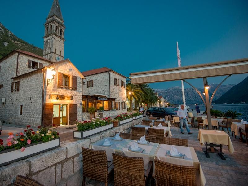 Hotel Conte 4 In Kotor Hotel In Bay Of Kotor Globtour