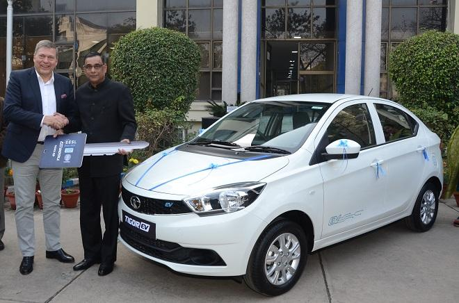 Tata-Motos-delivers-first-set-of-Tigor-EV-to-EESL