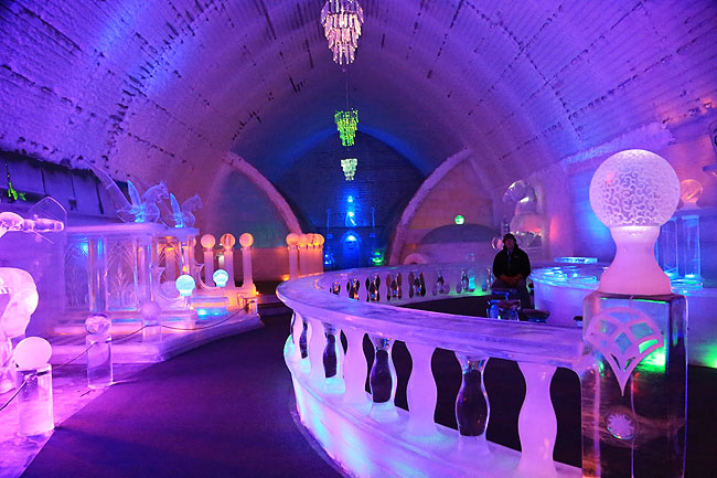 Aurora Ice Museum Hotel - The Ice Bar