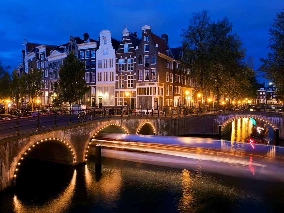 Amsterdam Essential Tips Every Tourist Needs To Know