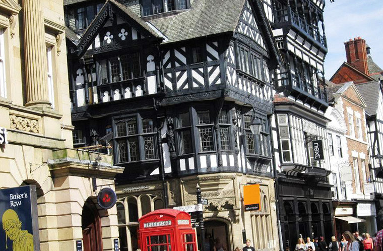 Visit the town of Chester in England - Visit Chester England