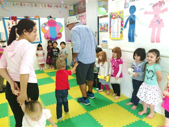 東京・沖縄など国内の英語ウィンタースクール・インターナショナルプログラムもプリスクールや英語学童などで募集されています。