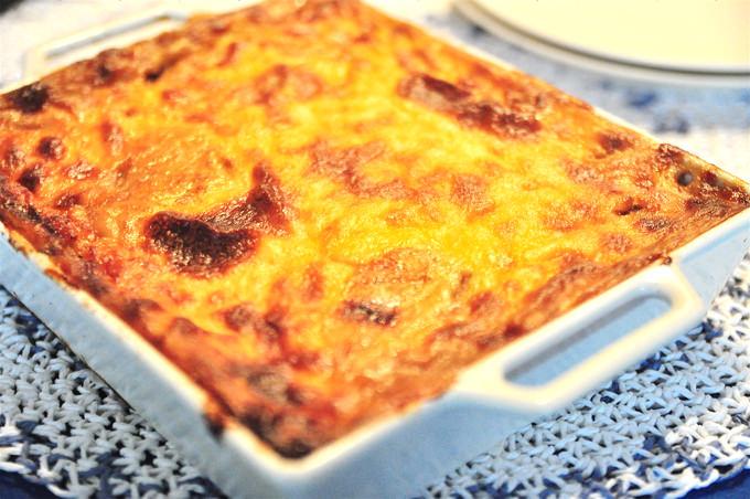 ギリシャの伝統的料理ムサカはエジプト料理、トルコ料理、ブルガリア料理のムサカにも発展