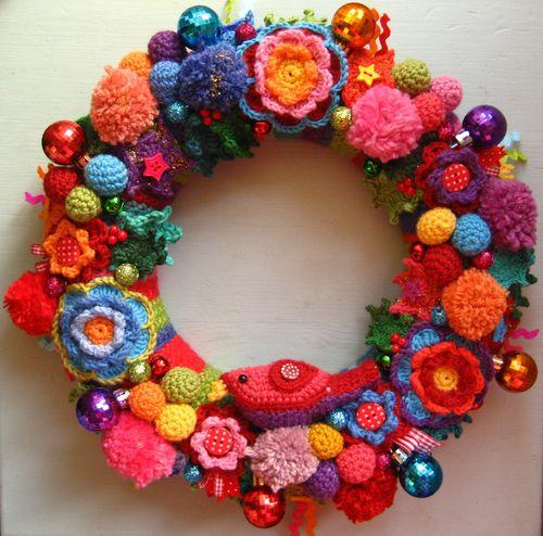 DIY Crochet Christmas Wreath