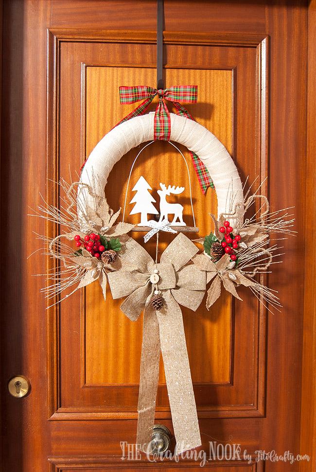 DIY Rustic Burlap Christmas Wreath