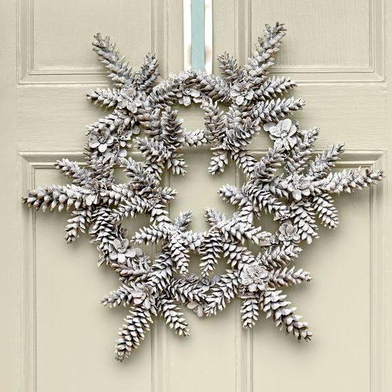 DIY Snowy Pinecone Wreath