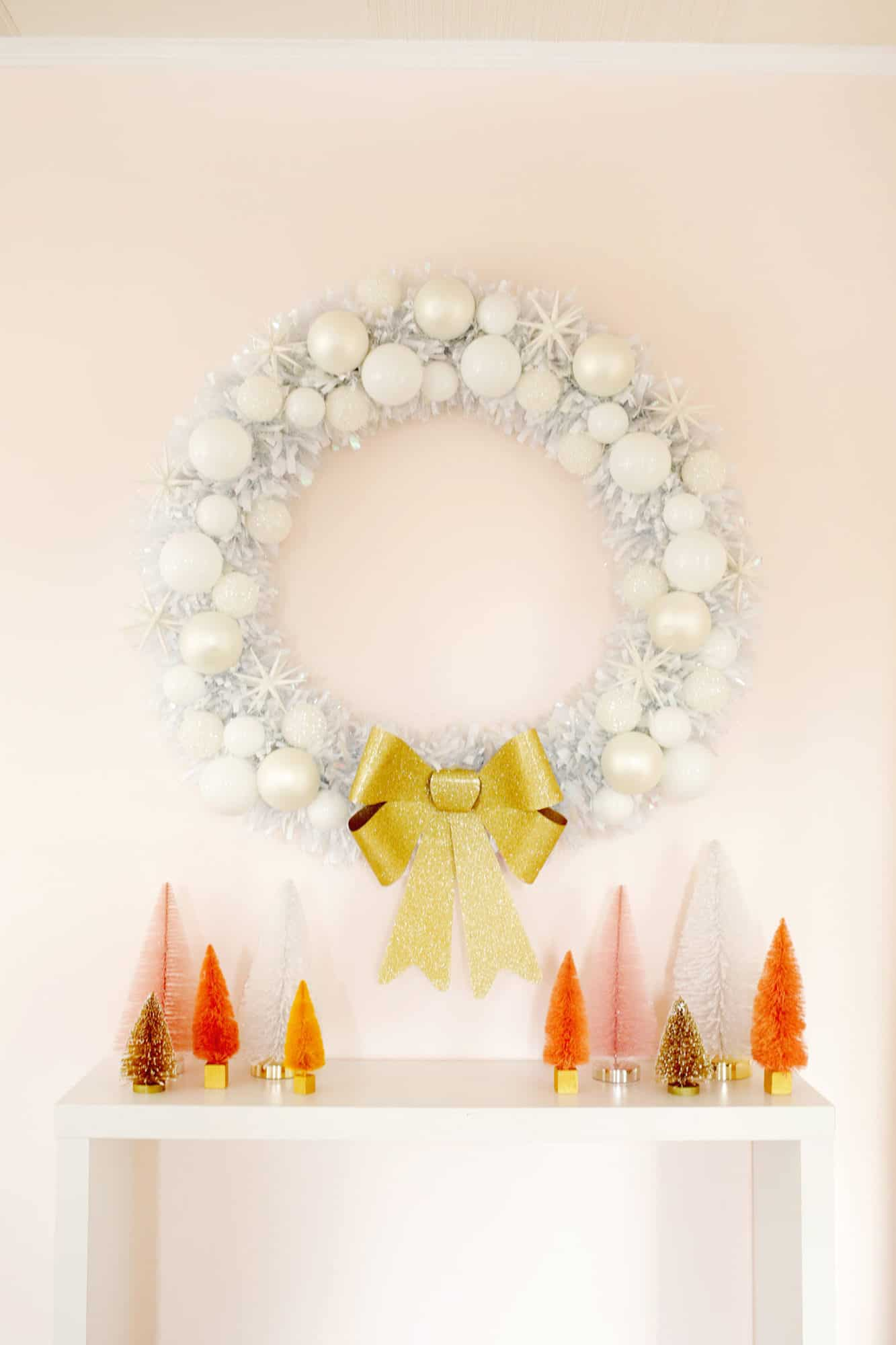 Easy DIY Oversized Christmas Wreath