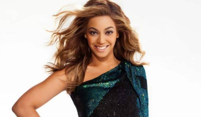 20 Most Beautiful Women Ever! (1) 11