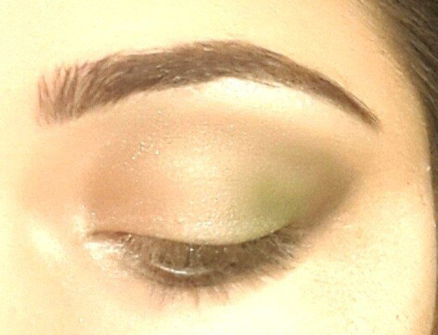 Gold and Green Smoky Eye Party Look Tutorial 9