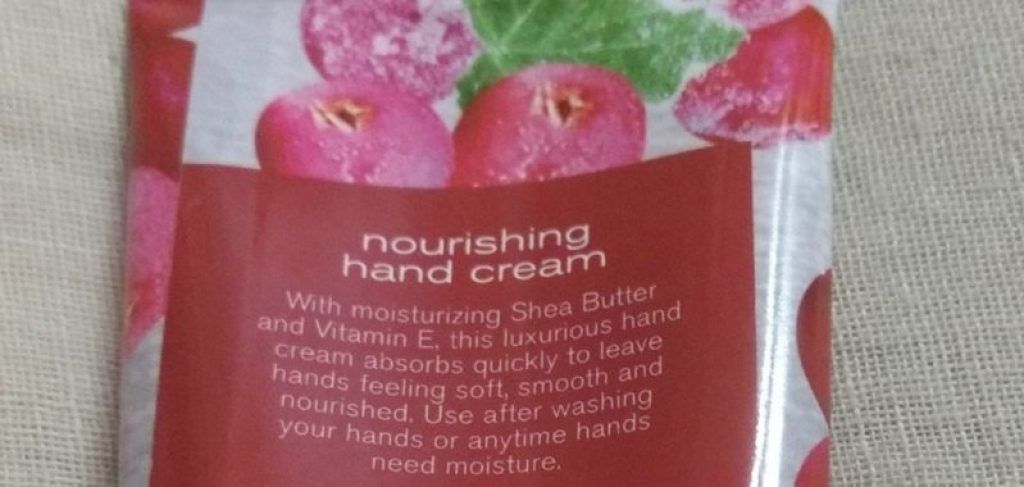 Bath & Body Works Frosted Cranberry Hand Cream Review 4