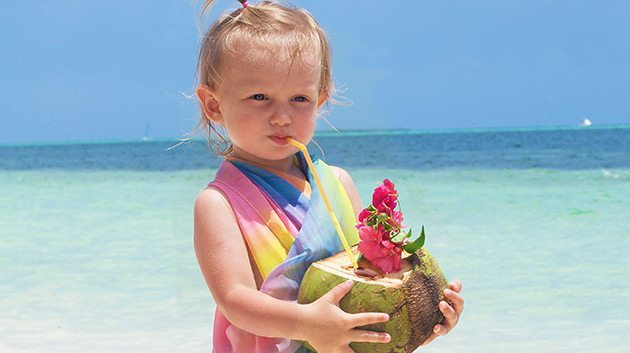 Benefits of Coconut Water for Skin and Weightloss 1