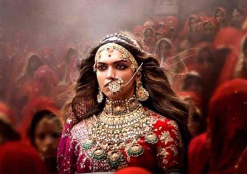 Bollywood Update Irrfan Khan , Alia Bhatt and Padmavat 2
