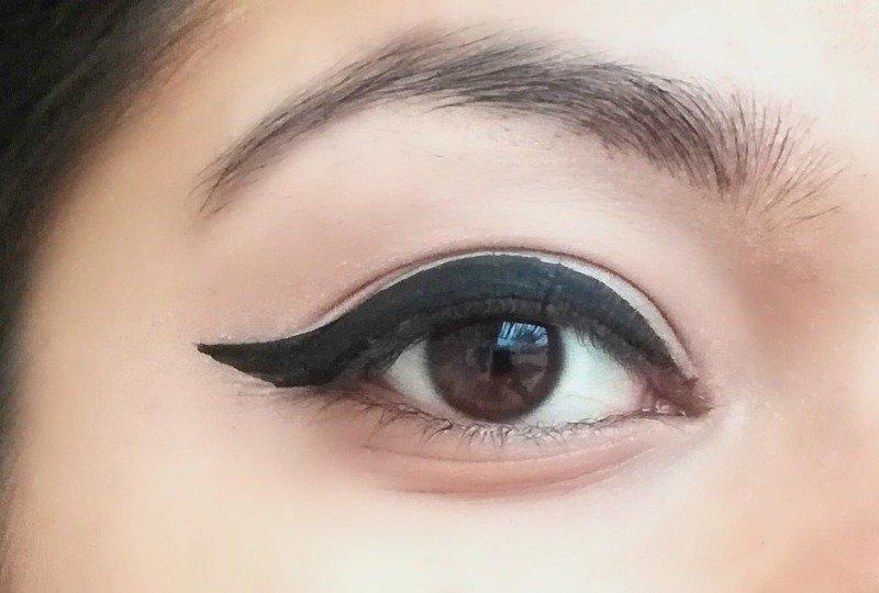 Coloressence Super Extend Liquid Eyeliner 5