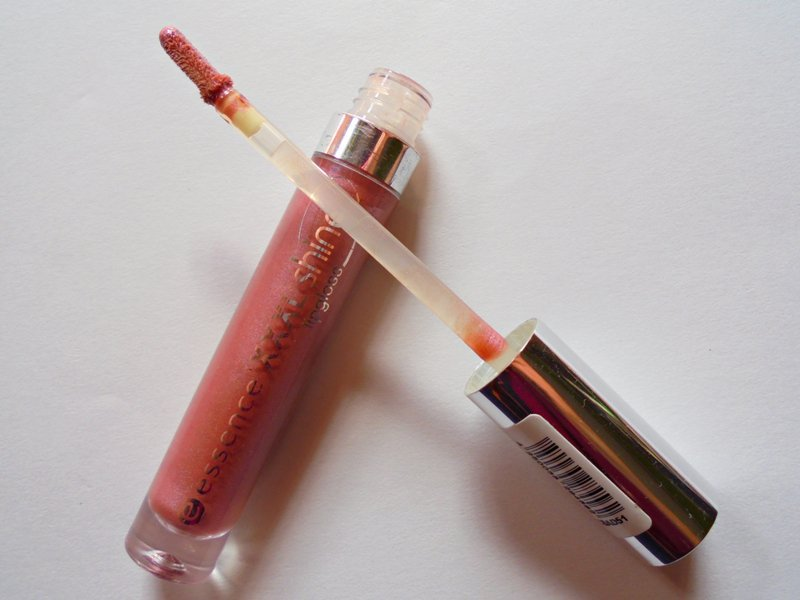 Essence XXXL Shine Lipgloss 07 Big Night Out Review 2