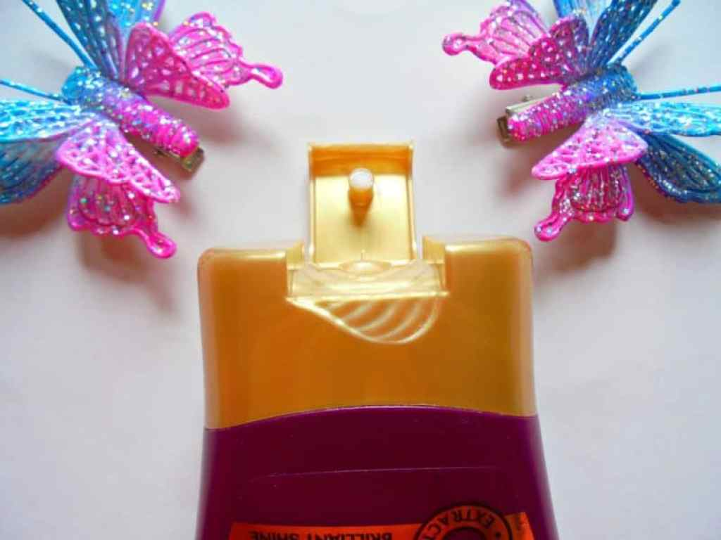 Garnier Ultra Blends Nourishing Shine Conditioner in Henna & Blackberry Review 3