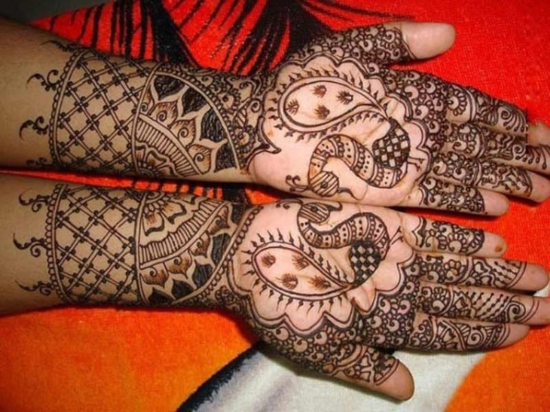 Henna Designs – Choose your Love Mehendi Design with Hearts 8
