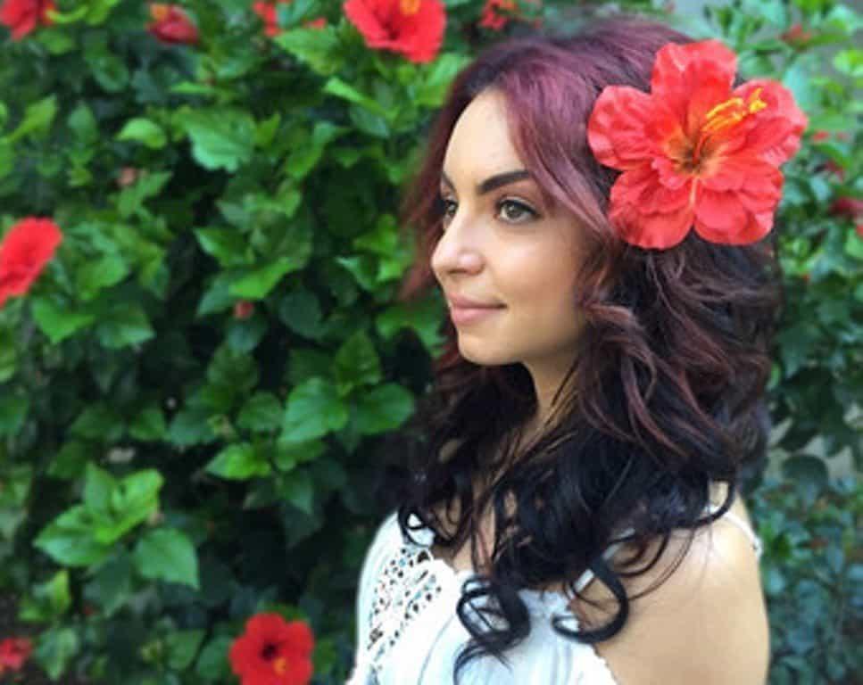 Hibiscus for Beautiful Hair 5