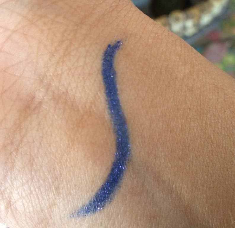 Lakme Absolute Forever Silk Eyeliner Electric Violet Review 4