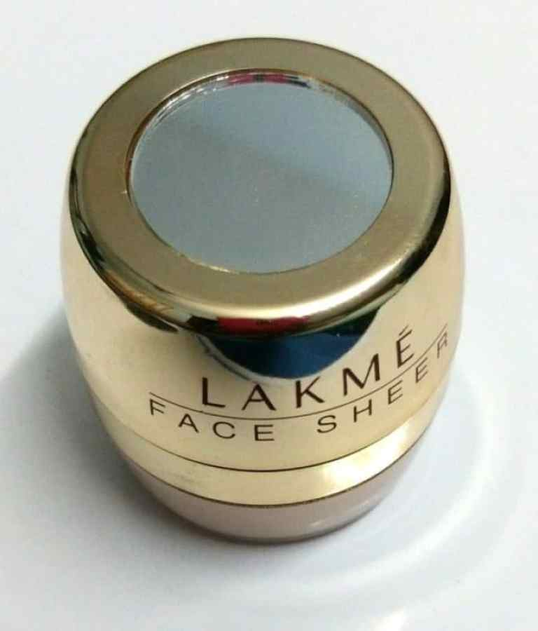 Lakme Face Sheer Blush Sunkissed Review 1