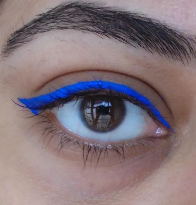 Lakme Insta Liner Blue Review 3
