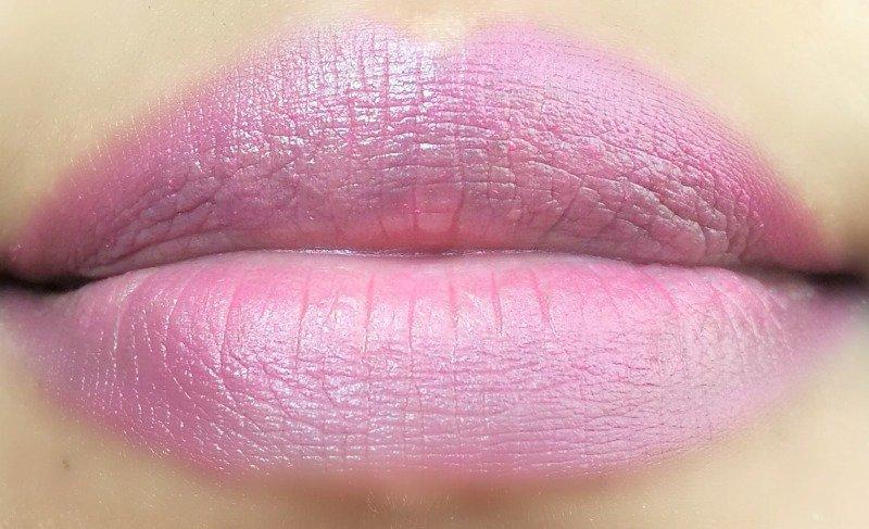 Lip Liner Oriflame Very Me Lip Crayon Fuchsia 3