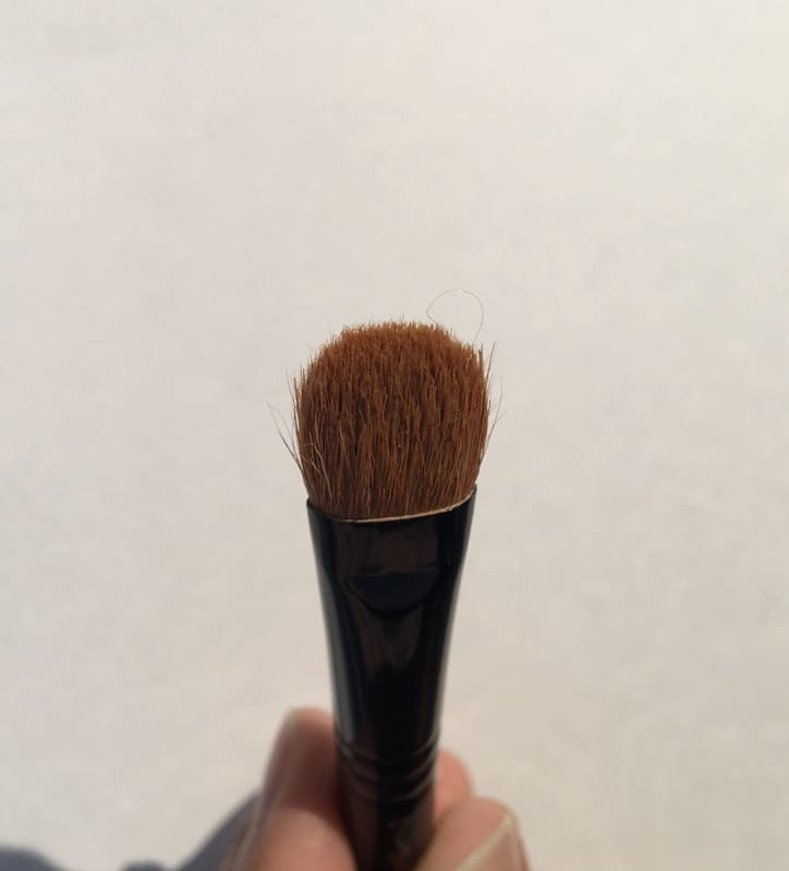 MAC 252SE Short Handle Large Shader Brush  2