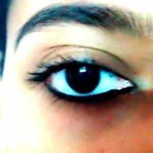 Maybelline Colossal Volum Express Waterproof Mascara Review 4