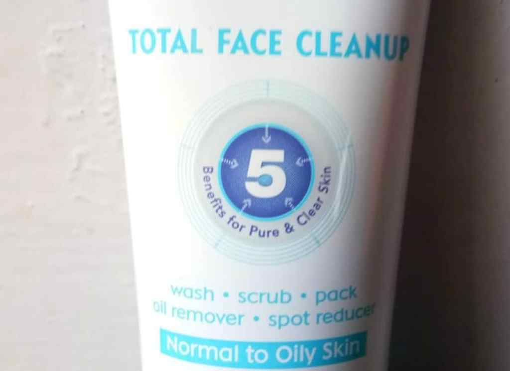 Nivea Total Face Cleanup Face Wash Review