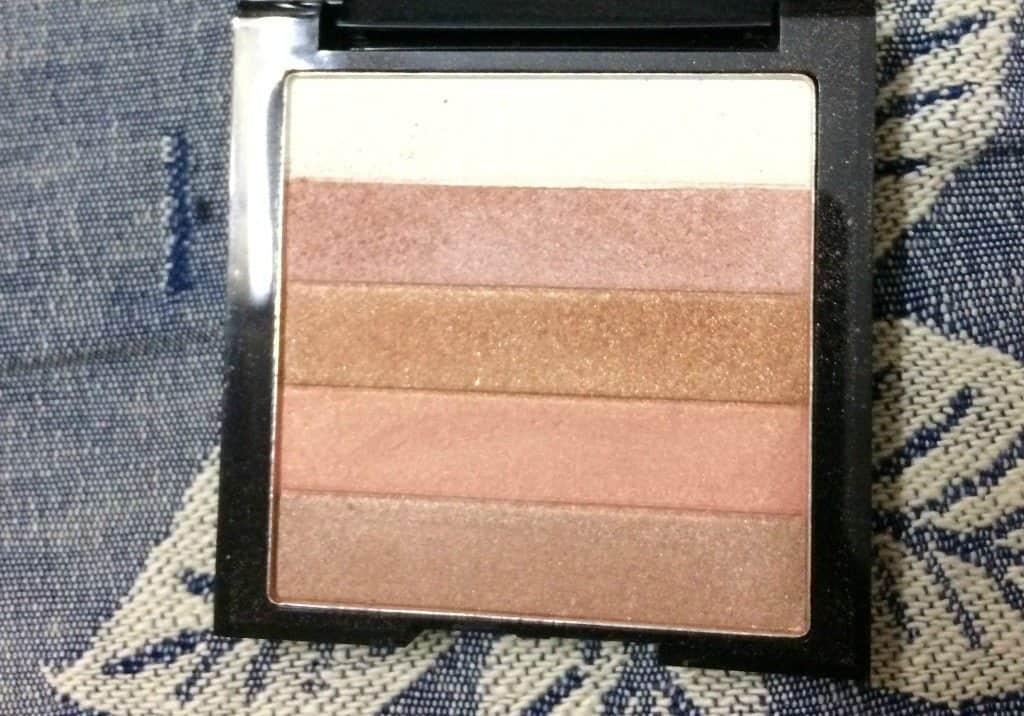 Revlon Highlighting Palette Bronze Glow 030 Review 4
