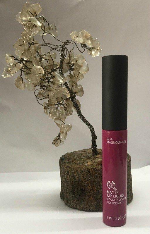 The Body Shop Lipstick Goa Magnolia