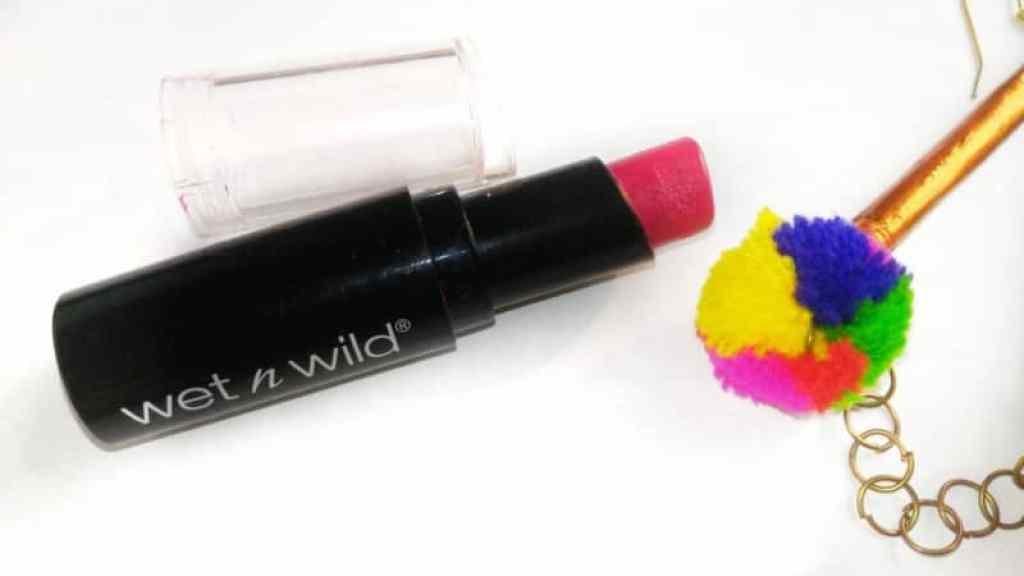 Wet n Wild Lipstick Cherry Picking