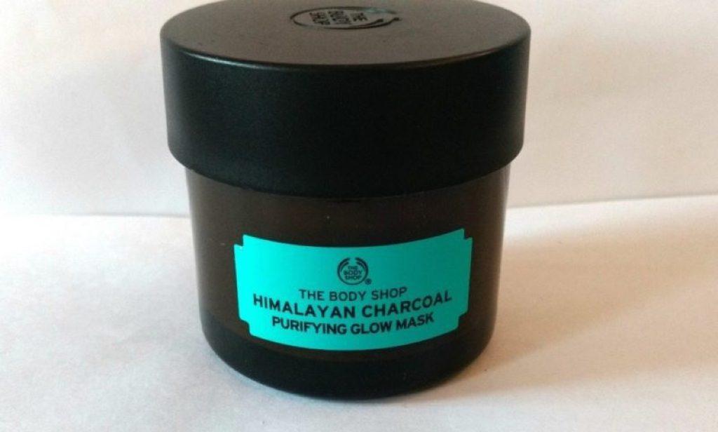 The Body Shop Himalayan Charcoal Purifying Glow Mask 2