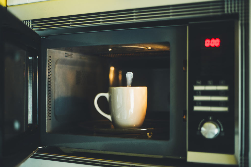https www glotechrepairs co uk news five common microwave problems