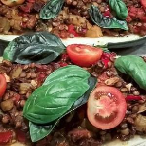 Obiad wegetariański - cukinia faszerowana