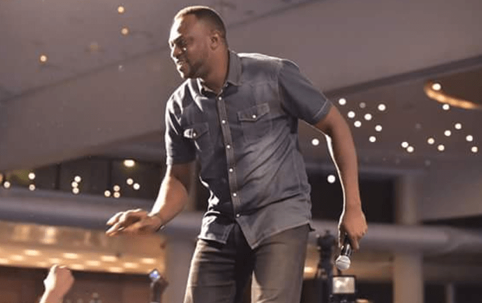 Nollywood Star, Odunlade Adekola Thrills Fans With His Dancing Moves In Lagos (Photos+video)