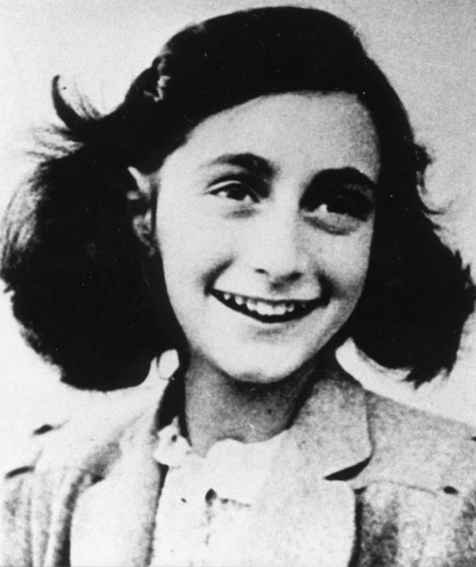 Anne-Frank_1942©Anne-Frank-Haus-1