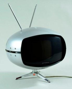 Fernseher_im_Sputnik-Look__1970er_Jahre__Foto_Sven_Adelaide_web