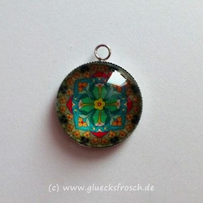 Ohrstecker mit blauen Mandala