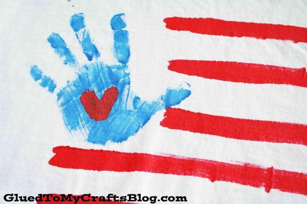 DIY Handprint Flag Patriotic Shirt {Craft}