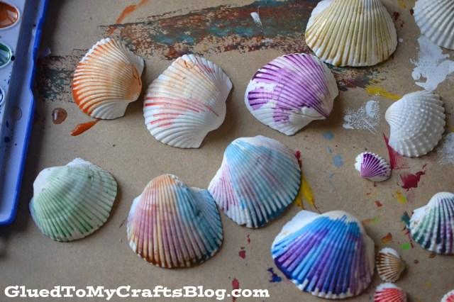 Watercolor Seashell Frame {Kid Craft}