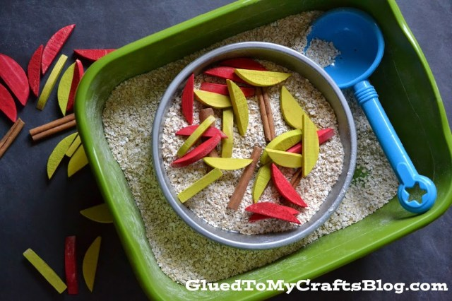 Apple Pie {Sensory Bin}