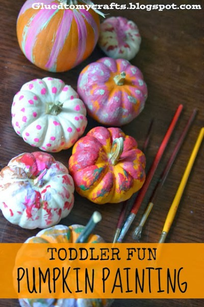 Toddler Fun - Pumpkin Painting