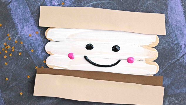 Popsicle Stick Smores – Kid Craft