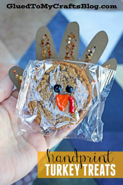 Oatmeal Creme Pie Handprint Turkey Treats