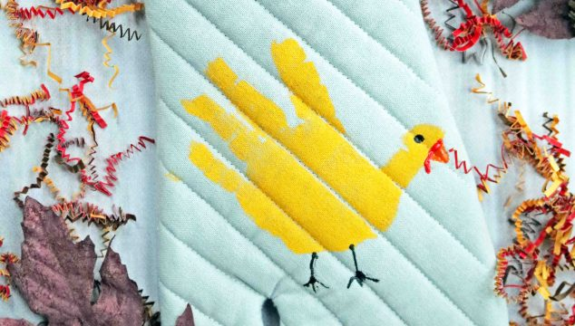 DIY Handprint Turkey Potholder – Kid Craft